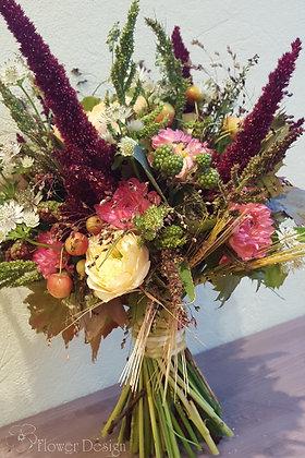 Букет невесты осенний, из полевых цветов