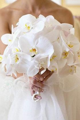 Букет невесты белый из орхидей