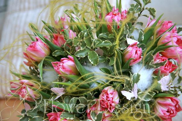 Букет с тюльпанами.