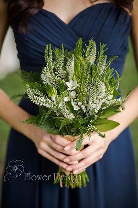 Букет невесты из белой вероники