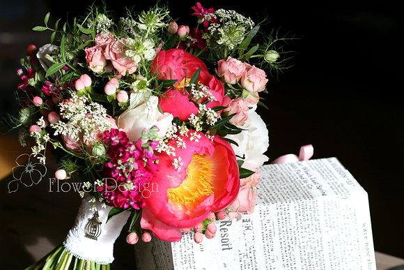 Букет невесты розовый, полевой