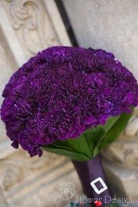 Букет невесты из фиолетовой гвоздики