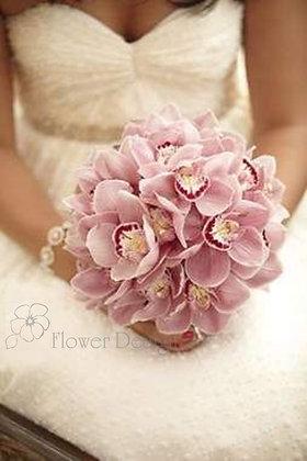 букет невесты из розовой орхидеи