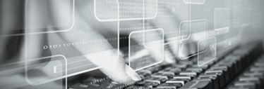 """Das Bild zeigt Finger, die auf einer Computer Tastatur tippen.  Ein Textfeld in der Mitte des Bildes verweist auf die Job Seite """"Ausbildung: Fachinformatiker/In"""" des IT-Unternehmens TECXIPIO in Karlsruhe"""
