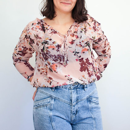 Prosojna bluza z rožastim vzorcem