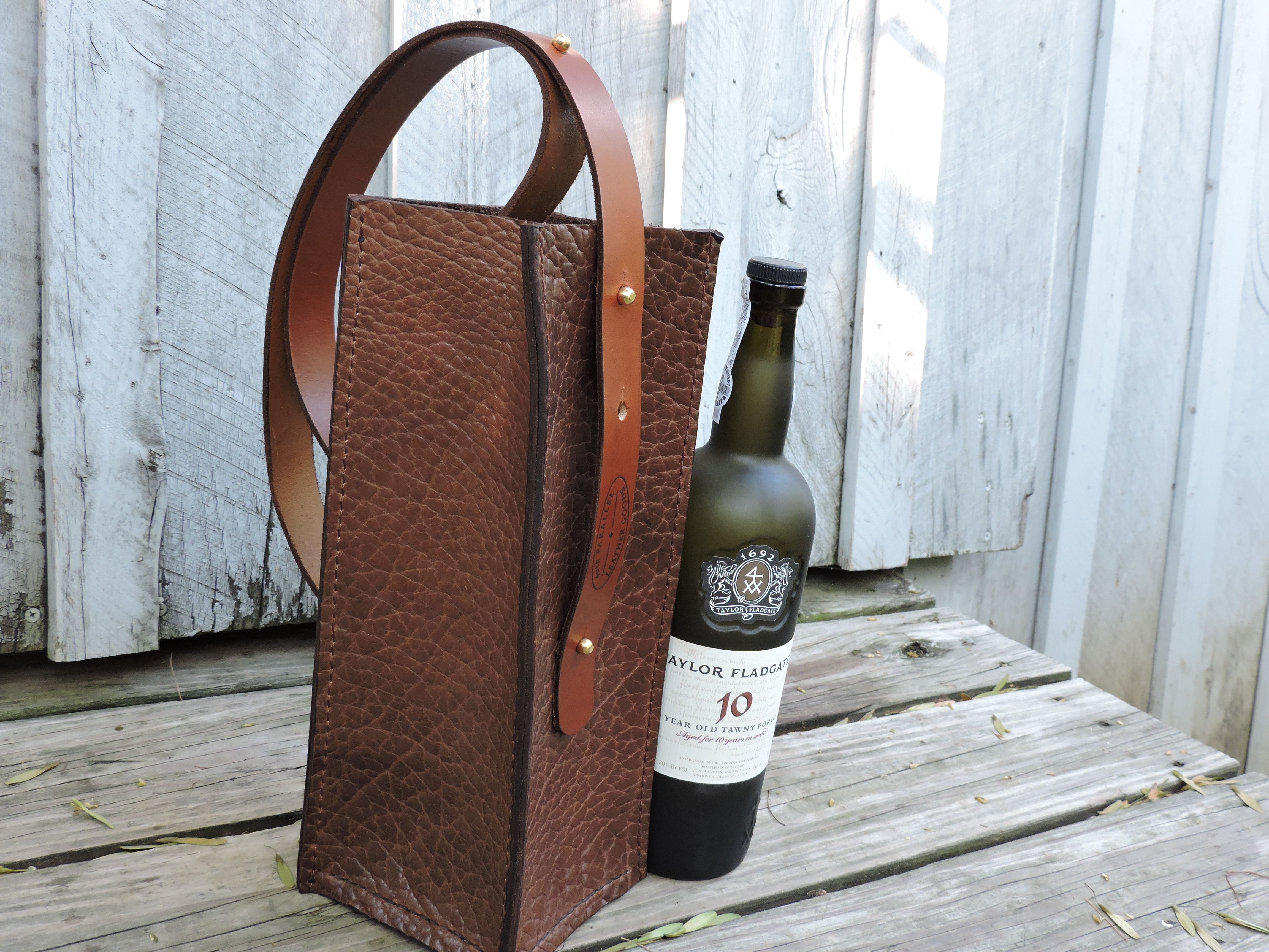 Inishmore Wine Carrier