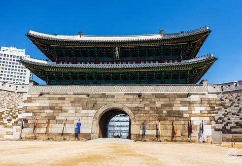 Old city gate, Seoul, South Korea