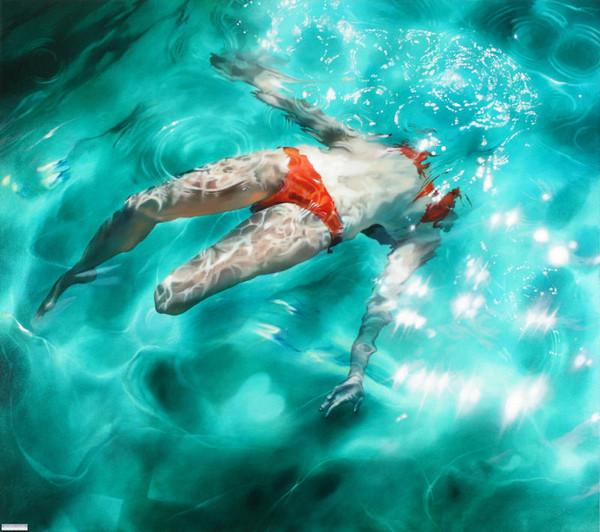 Sara Harvey's Underwater Hyperrealistic Painting