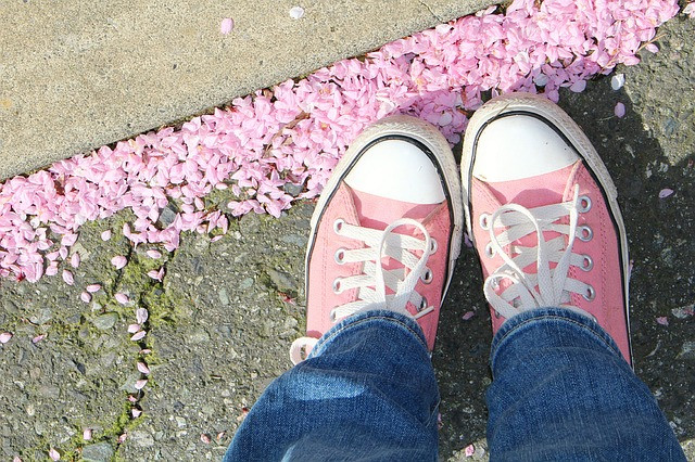 Copywriters walk in your customers' shoes