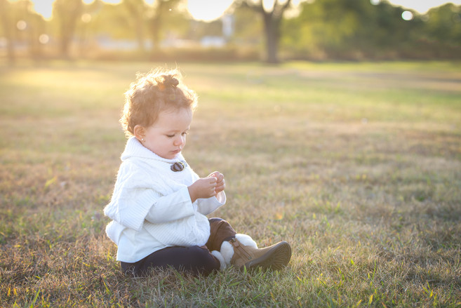 sunset golden hour girl blonde hair grass park family photo session jo bryan photography