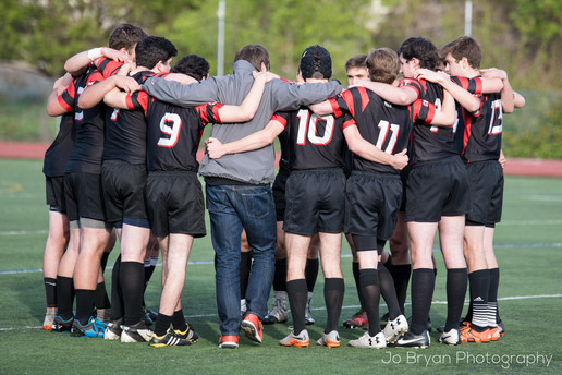 Rye NY New York Jo Bryan JoBryan photo photography photos rugby huddle outside rhs rye high school outside turf