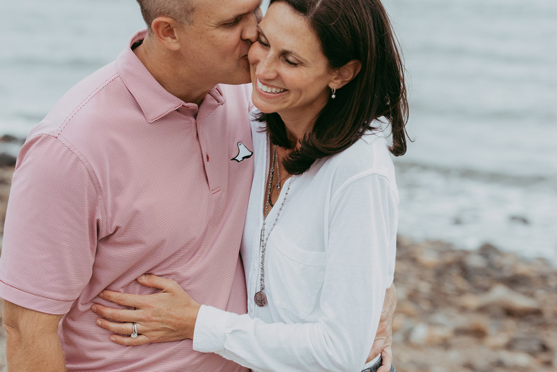 jo bryan photography family photo session outdoors park beach outdoor couple miss mom dad mother father rye new york westchester photograher