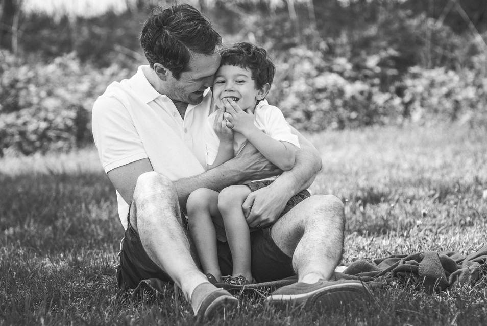 jo bryan photography family photo session outdoors park beach outdoor father son laughing cuddle rye new york westchester photograher