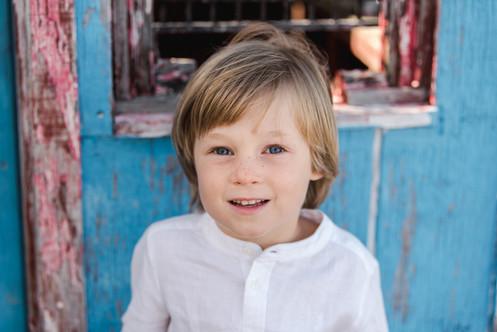 boy young white shirt blonde hair jo bryan photography rye new york outside family session mini