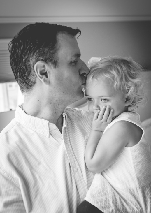 jo bryan photography family photo session home lifestyle father daughter rye new york westchester photographer