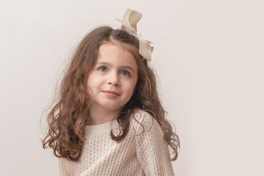 Rye NY New York Jo Bryan JoBryan photo photography photos girl child inside portrait studio hair bow