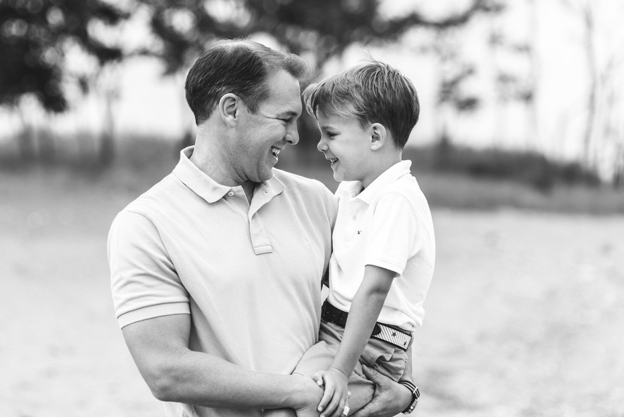 jo bryan photography family photo session outdoors park beach outdoor father son black and white photo rye new york westchester photograher