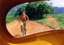16Vinialles-boy on bike