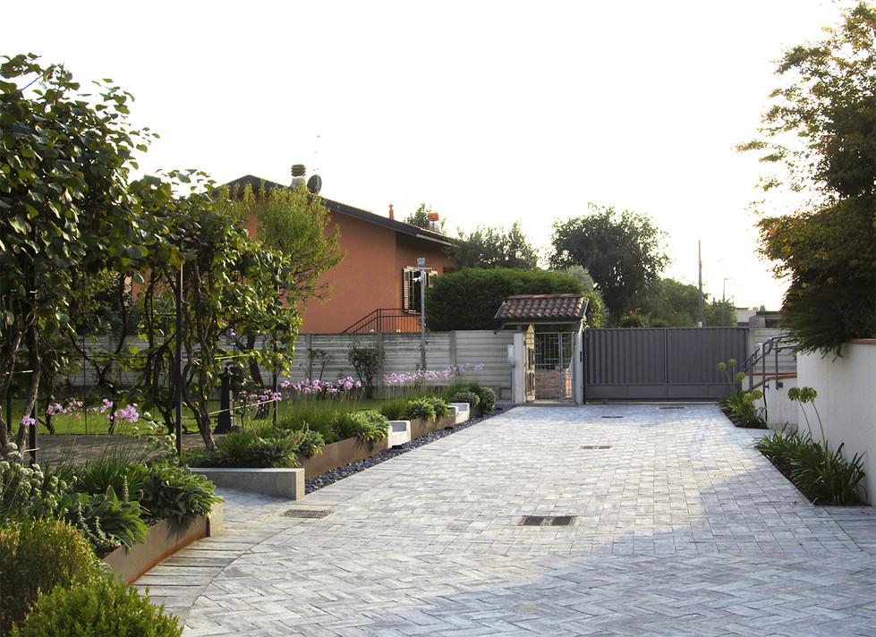why associati architettura design landscape, realizzazione giardino racordo quote