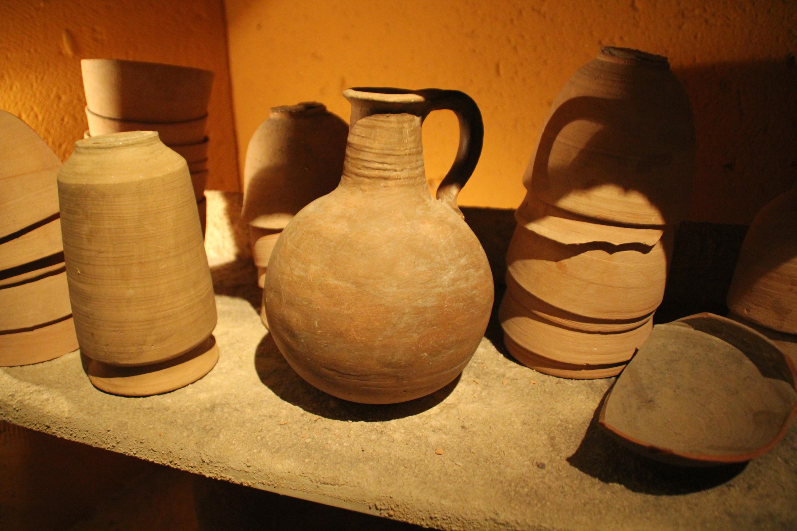 Qumran Pottery.JPG