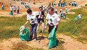 Mnistry groups cleaning the streets of israel