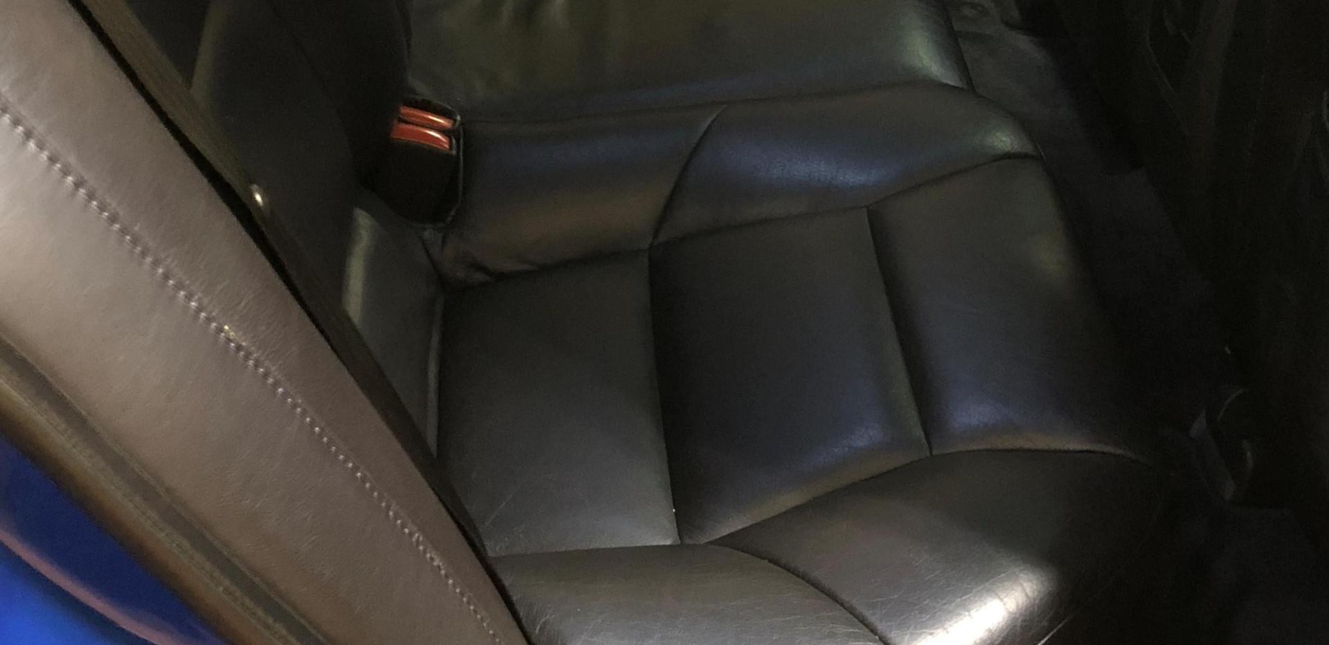 volvo rear seat passenger 47.jpg