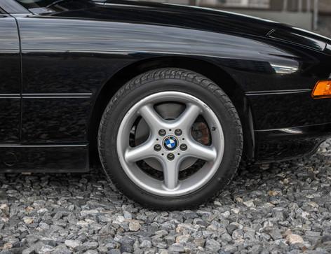 Passenger_Front_Wheel_850.jpg
