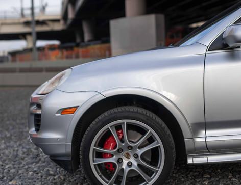 Driver_Front_Wheel_Cayenne.jpg