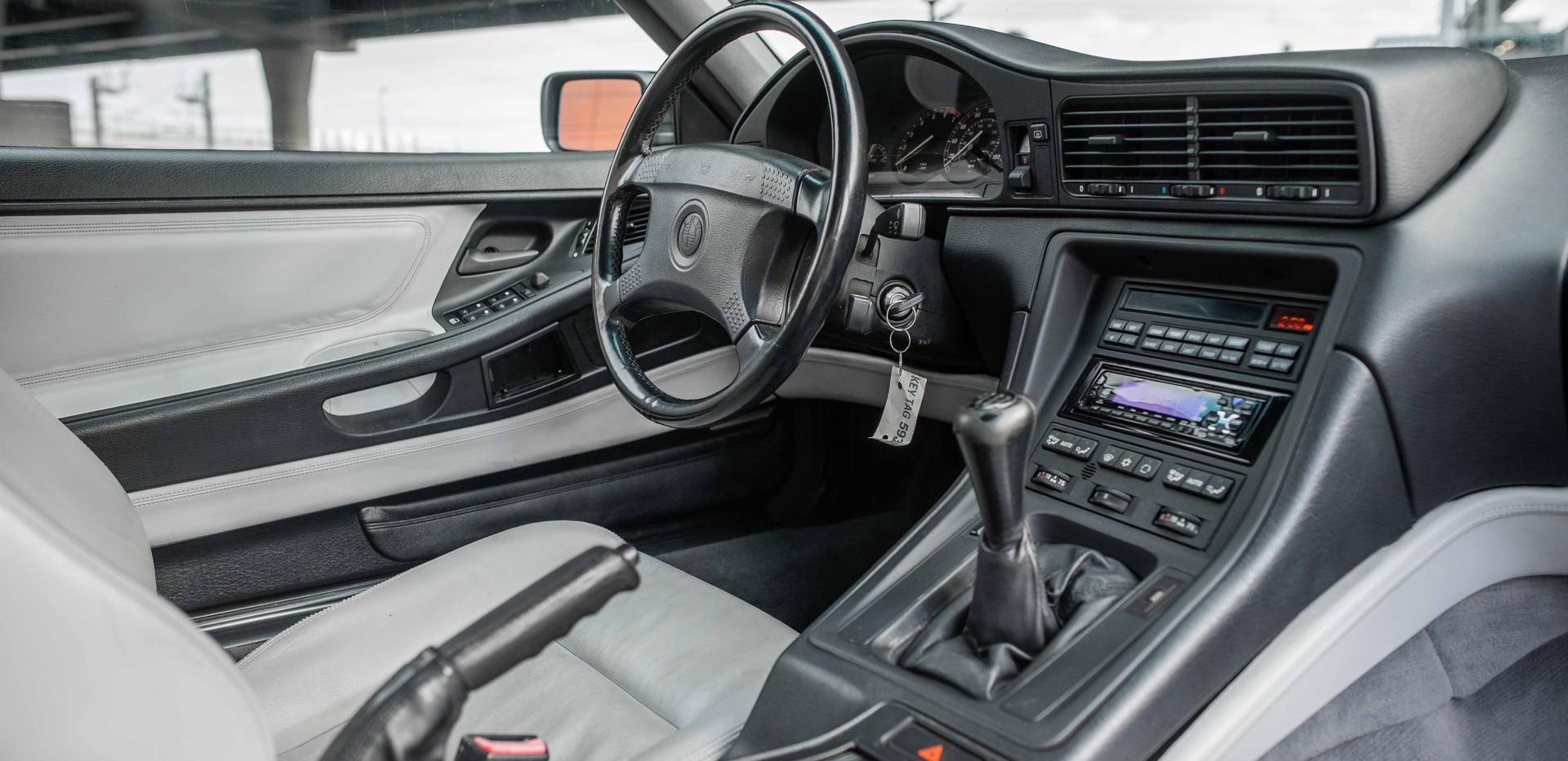 Interior_Passenger_2_850.jpg