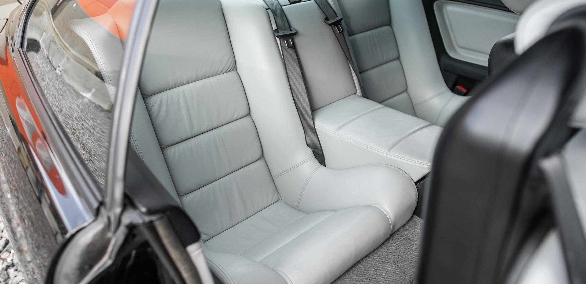 Interior_Rear_Seats_Passenger.jpg