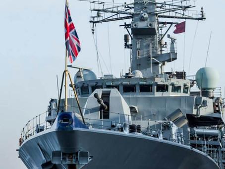 La Marina Real de Reino Unido no permitirá fumar, pero sí vapear