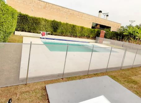 Instalação de cercas para piscinas na Grama