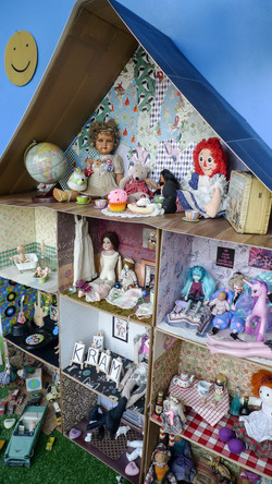 dollhouse side