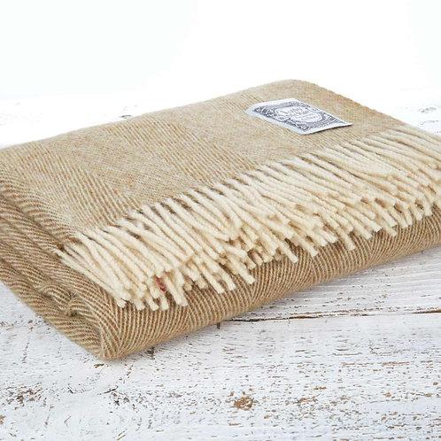 Pure New Wool 'Dorset Sand'
