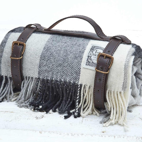 Picnic Rug in Leather Strap - Black & White Check Pure Wool