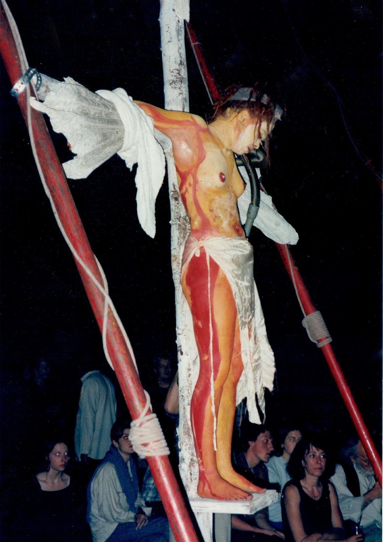 'Aufs Kreuz'-'Crucifixion'