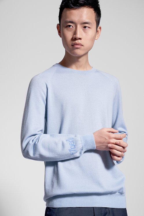 Round neck sweater in light blue
