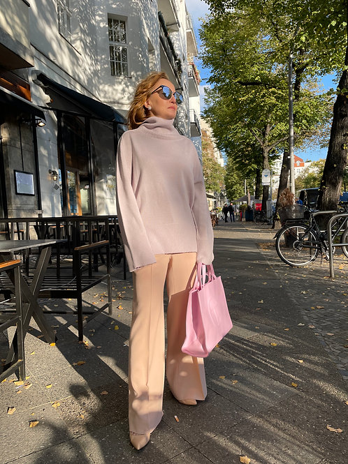 Oversized Pullover in puder