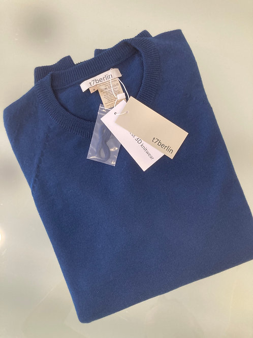 Men's sweater with round neck in petrol blue