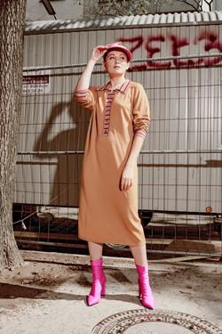 Kleid mit Polokragen
