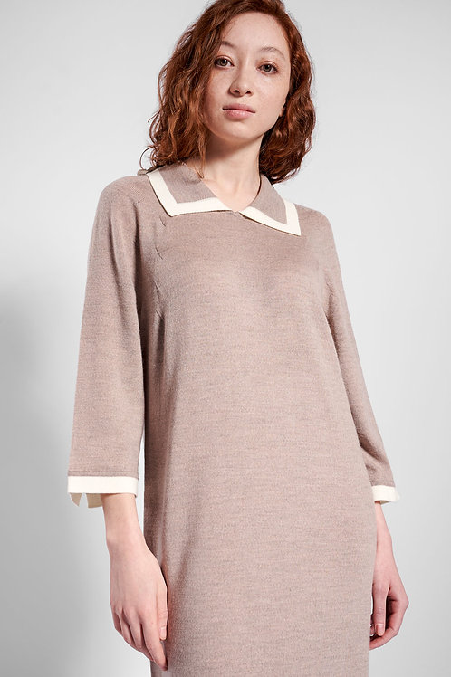 Knitted dress with 3/4 sleeves in beige
