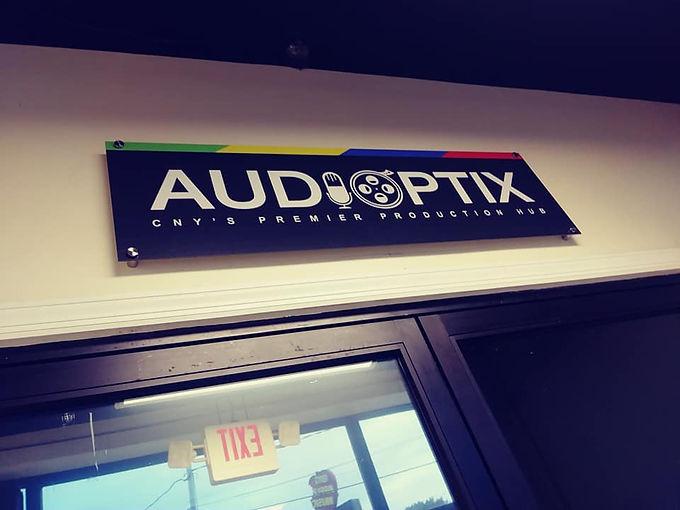 audiooptix front.jpg