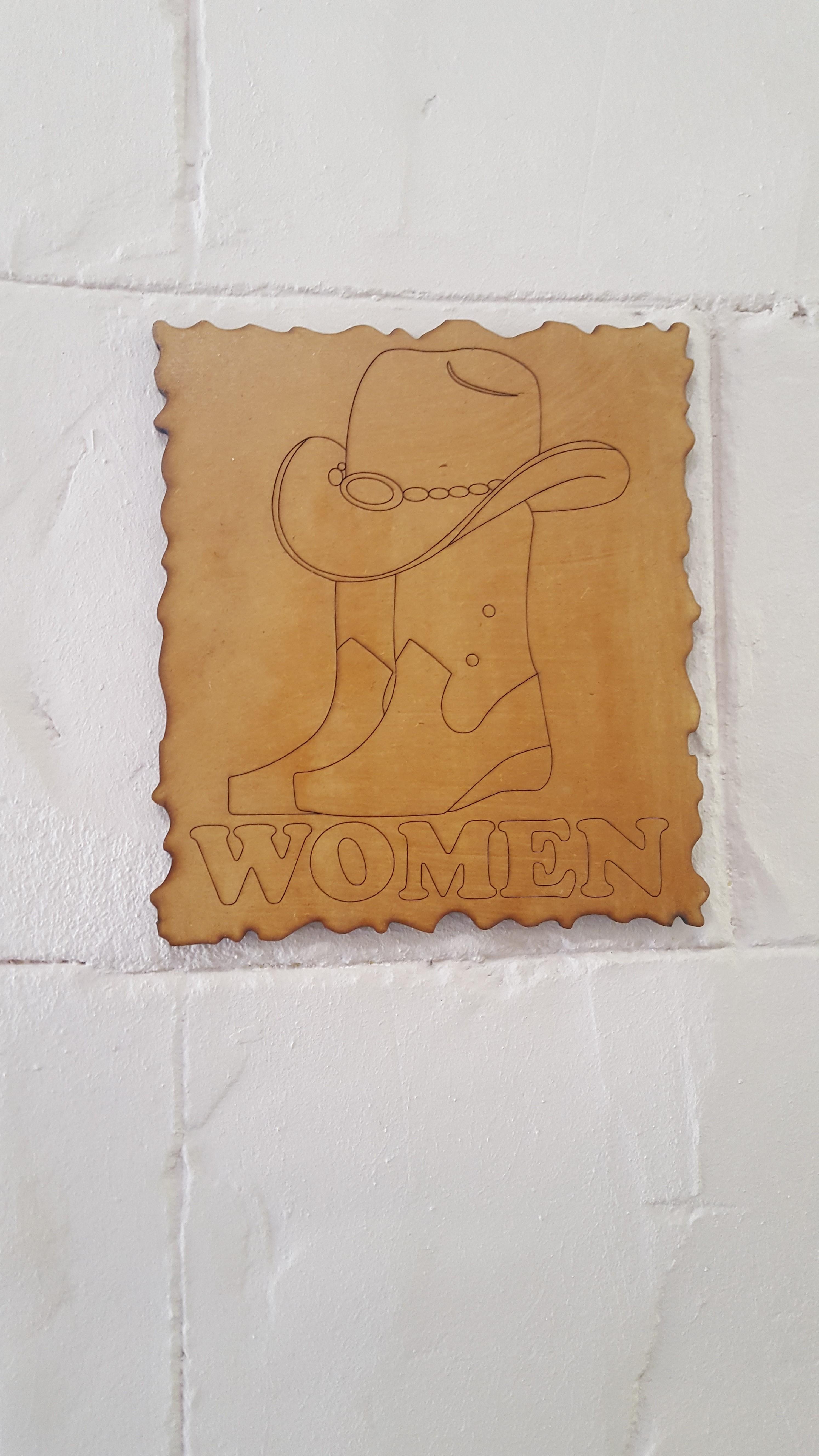 DIE STAL WOMEN.jpg