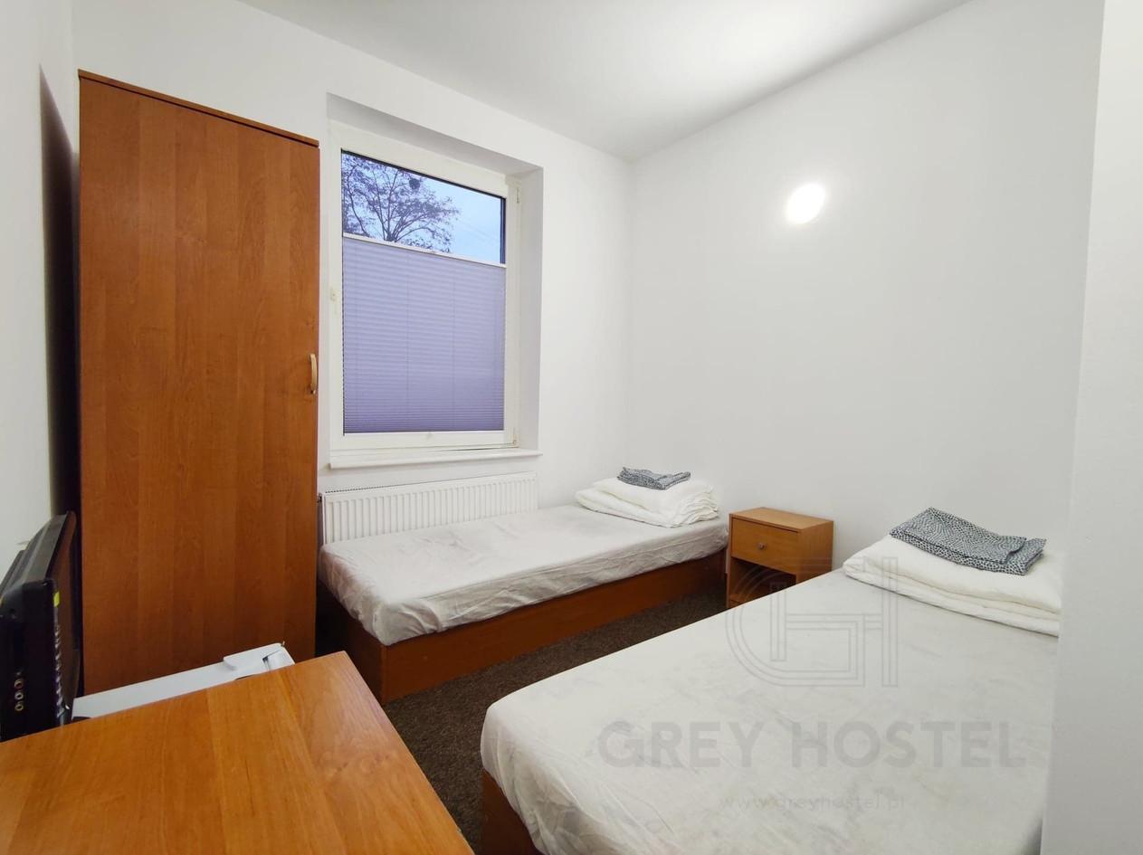 Pokój_Grey_Hostel_1_logo.jpg