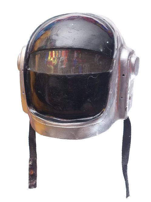 Casco Daft Punk básico
