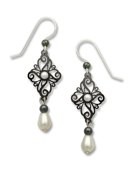 Hematite Tone Filigree Diamond w/Pearl Cab & Drop Bead