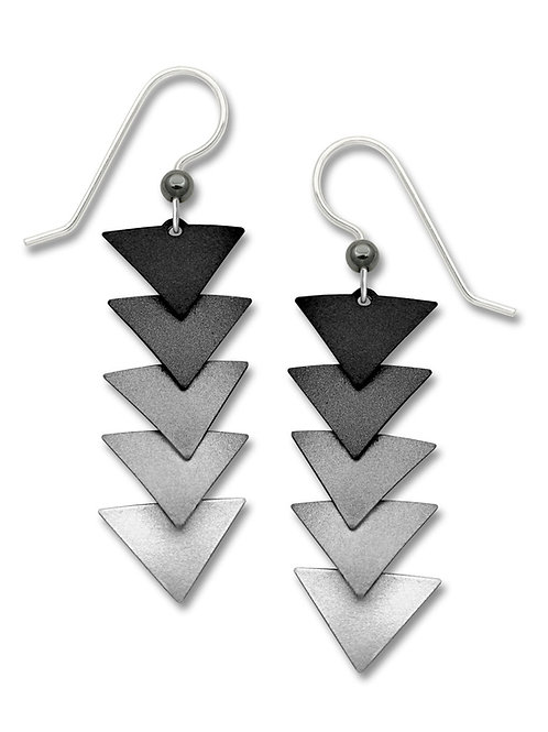 5 Part Triangles w/Black to White