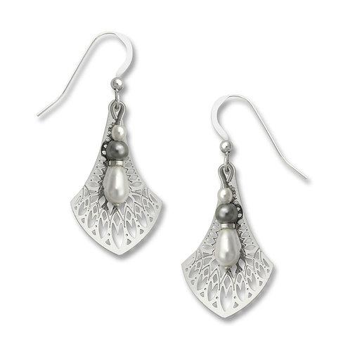 IR 'Persian necktie' filigree w/pearl bead drop
