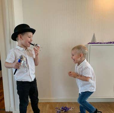 Victor & Oliver fjoller