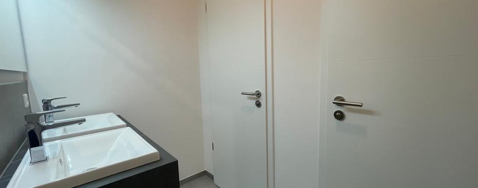 Damen WC Gewerbe 2.jpg